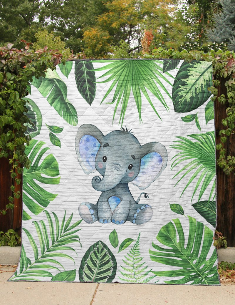 Baby elephant tropical quilt 1