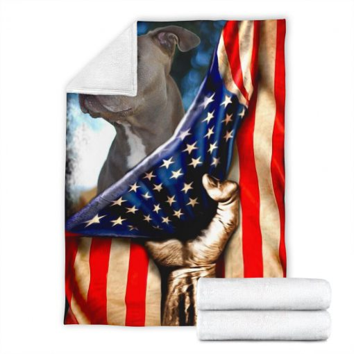 Pitbull behind the american flag blanket 3