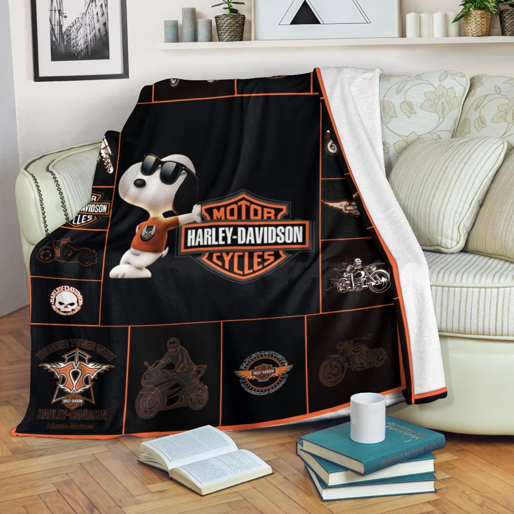 Harley-davidson with snoopy all over print blanket 2