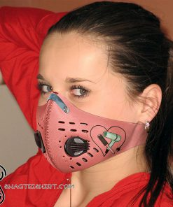 Hair salon hairstylist with carbon pm 2,5 face mask