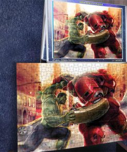 Marvel's avengers hulk vs hulkbuster iron man jigsaw puzzle 3