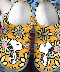 snoopy and charlie brown daisy crocs 1 - Copy (2)