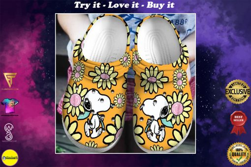 snoopy and charlie brown daisy crocs