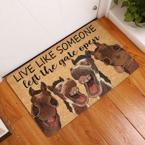 vintage horse live life someone left the gate open doormat 1 - Copy