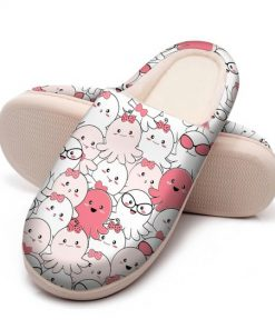 baby octopus all over printed slippers 5