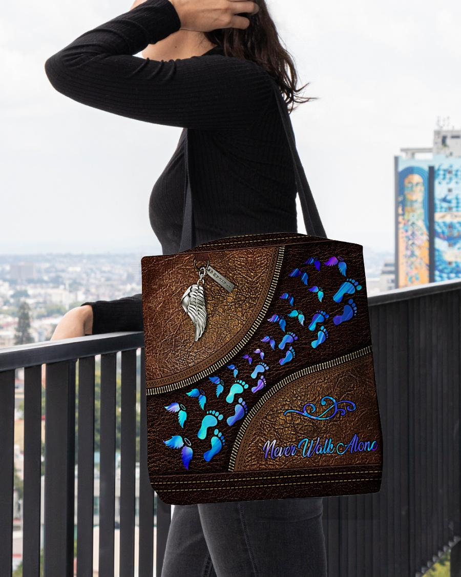 never walk alone wings leather pattern all over print tote bag 4