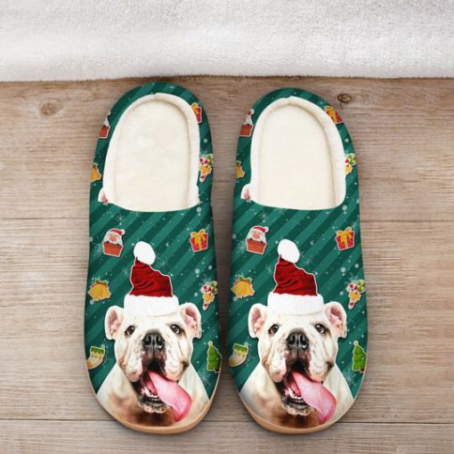 the bulldog with santa hat all over printed slippers 2