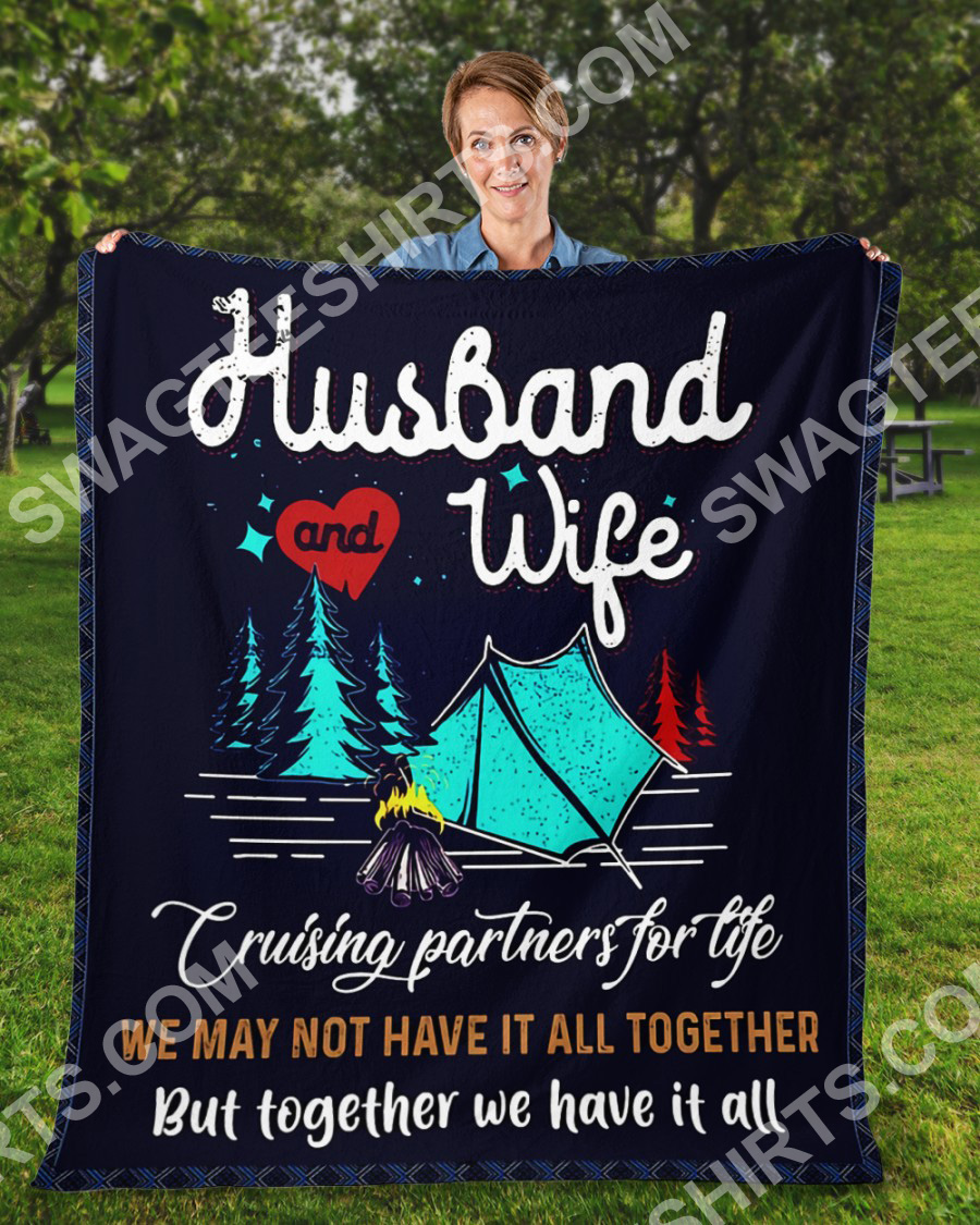 camping husband and wife together we have it all full printing blanket 3(1)