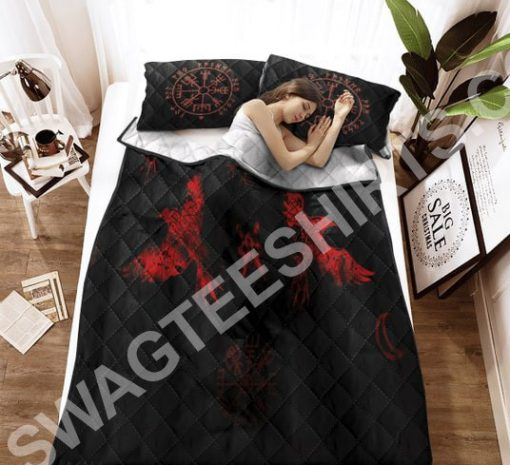 viking raven red all over printed bedding set 3(1)