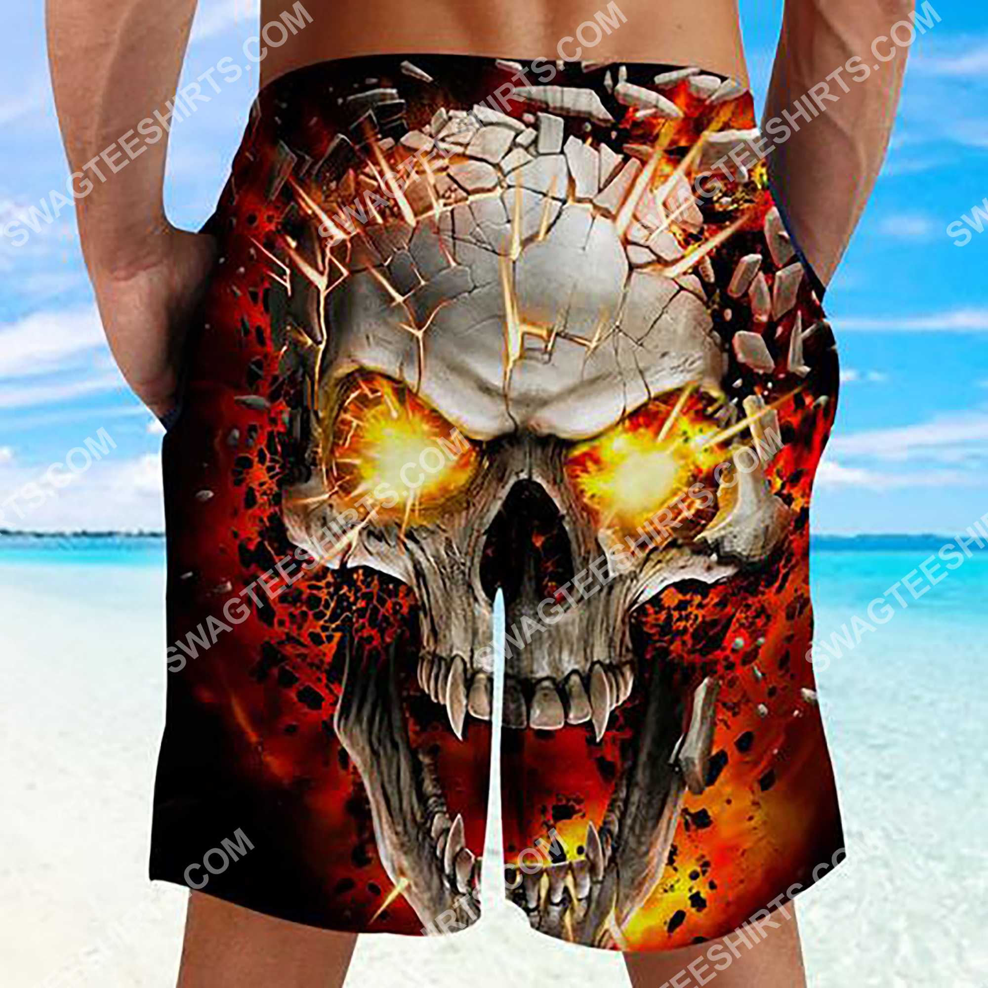 the skull with red eyes all over printed beach shorts 3(1)