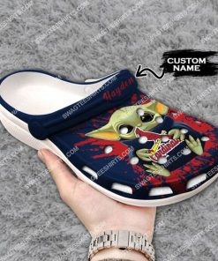 custom baby yoda hold st louis cardinals all over printed crocs 3(1)