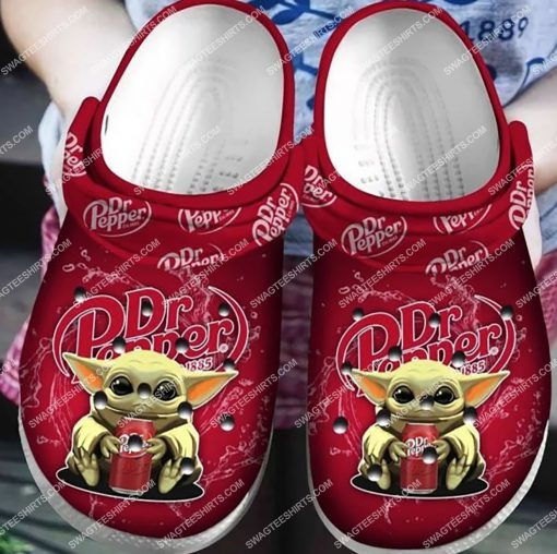 dr pepper and baby yoda all over printed crocs 5(1)