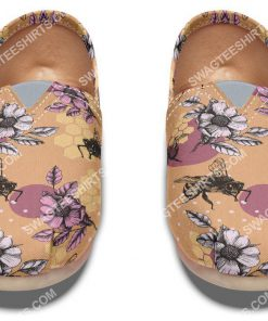 vintage bee floral all over printed toms shoes 2(1)