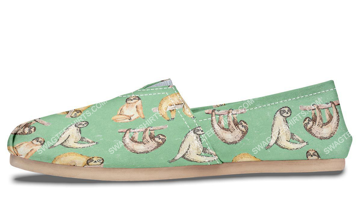 vintage sloth lover all over printed toms shoes 2(1)